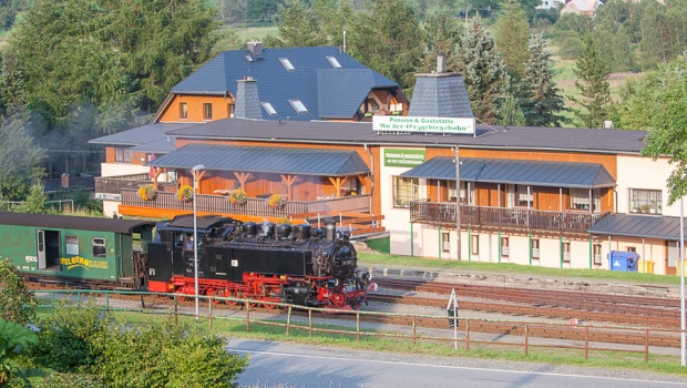 Fichtelbergbahn vor derPension